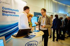 sponsor and delegate networking at World Vaccine Congress
