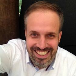 Rodrigo Moretz Brasil's Customer Festival 2015