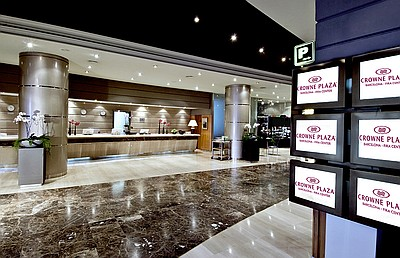 Crowne Plaza Hotel Barcelona - Fira Center Entrance
